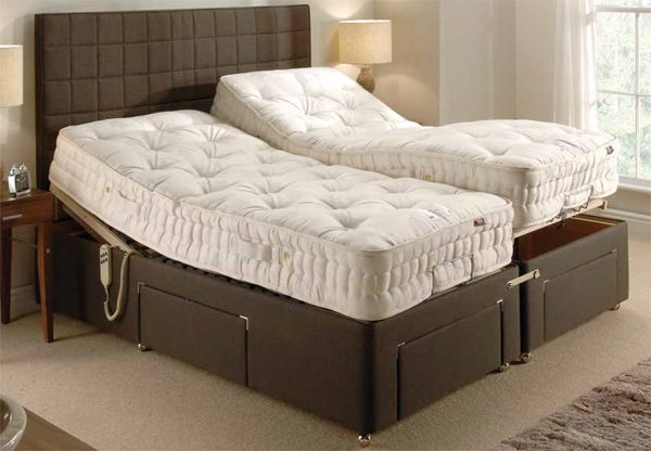 Old english hilton adjustable divan bed set best price for Divan in english