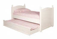 Classic House White Painted Truckle Bed